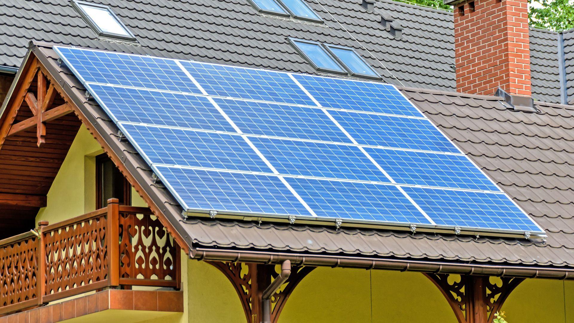 solar-panels-1477987_1920_2